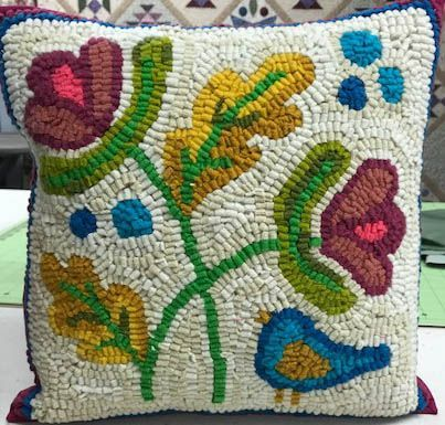 #243 Chirp Rug/Applique Pattern